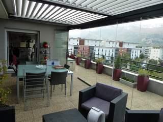 Vitrage amovible Klozip sur balcon à Echirolles en Isère.