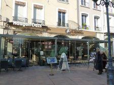 Vitres amovibles sous pergola de restaurant à Grenoble